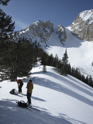 The approach to Deseret Peak, spring of 2010. Jim Knight and Mat Gover refueling.