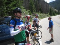 Vidas, Bob & Foon talking to JLE on the approach to Willow Creek Pass